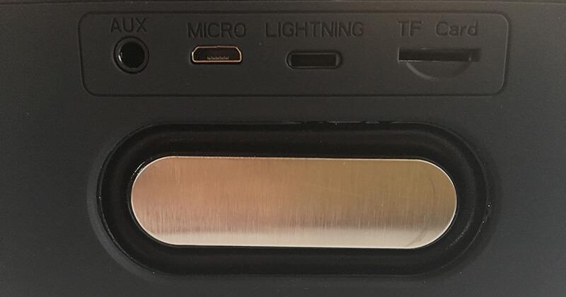 Bluetooth機能搭載のワイヤレススピーカー02